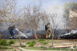 El incendio en Ses Feixes de Talamanca, en imágenes.