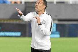 Javi Vázquez y Castel apuntan a la titularidad contra el filial del Valencia