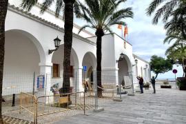 Vila inicia las obras de reforma del antiguo edificio consistorial