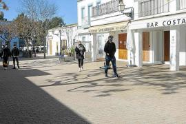 El Consell reclama más vacunas para Ibiza y prioridad para la hostelería y el comercio