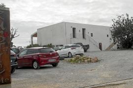 Vila obliga al propietario del antiguo Hotel Rustic a restablecer la zona a su estado original