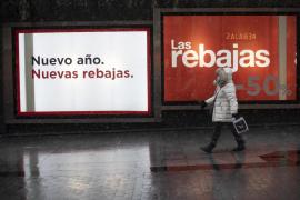Las rebajas no salvan la contratación del comercio, que cayó casi un 25% en Baleares