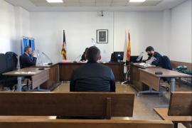 Condenado por robar 1.500 euros en cinco máquinas de café de Son Espases