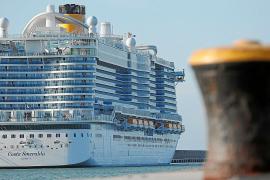 Las navieras presionan al Govern para que se reactive la llegada de cruceros
