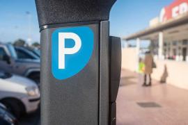Renovadas en Formentera 2.000 autorizaciones de aparcamiento en la zona azul y verde en 15 días