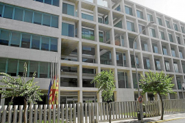 El Consell saca a licitación su servicio de voz y datos por cuatro años