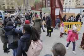 Dos docentes y 139 alumnos de Baleares dan positivo en COVID-19 durante la última semana