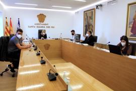 Santa Eulària aprueba usar dos millones de remanentes en ayudas y obras de saneamiento y accesibilidad