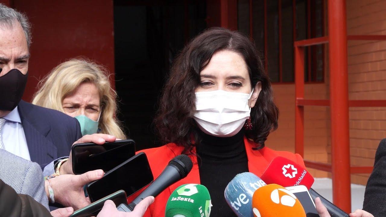 Madrid prorrogará el toque de queda a las 23 horas y la prohibición de reuniones de no convivientes en domicilios