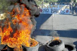 Gobierno y PSOE pactan evitar desahucios a las rentas menores de 19.000 euros