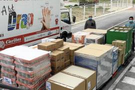 Mercadona dona cuatro toneladas de productos de primera necesidad a Cáritas