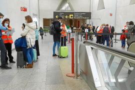 Los viajeros de ocho comunidades podrán entrar a Baleares sin presentar PCR negativa