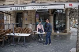 Los restauradores afrontan la reapertura de las terrazas con «ilusión e incertidumbre»