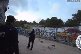 Denunciadas 25 personas en Sant Josep por estar reunidas y no llevar mascarilla