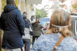 Cáritas pone en marcha ayudas a través de una tarjeta solidaria