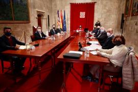 El Consell de Ibiza ve «insuficientes» las ayudas a empresas de transporte