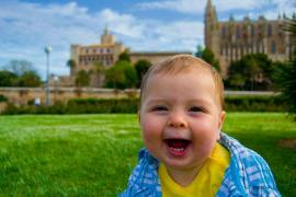 Bebé en el Parc de la Mar de Palma