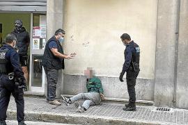 Detenido un hombre por provocar un altercado en el comedor Tardor