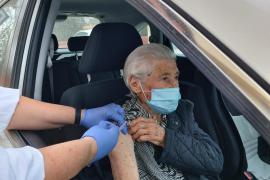 Comienza la vacunación de los mayores de 95 años