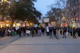 La indignación vuelve a tomar las calles de Ibiza