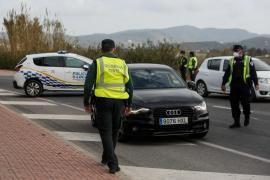 Policía y Guardia Civil multiplican los controles y denuncian a 19 personas en Formentera