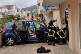 Accidente inverosímil en Ibiza y motoristas cazados