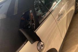 Detenido por reventar y desvalijar un coche en Ibiza