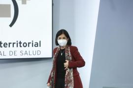 Darias anuncia la llegada de 4,8 millones de la vacunas de Pfizer en abril
