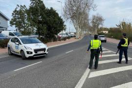 La Policía Local levanta siete actas en Sant Antoni por estar en grupo sin mascarilla