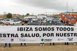 Los empresarios salen unidos a la calle para exigir un plan de rescate para Ibiza