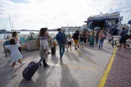 Los turistas pueden tramitar las pre-reservas para visitar Formentera con su vehículo a partir de este lunes