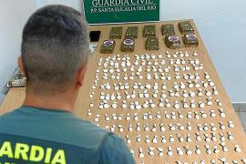 Cazado con 206 dosis de cocaína y un kilo de hachís en un aparcamiento de Santa Eulària