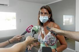 Sant Josep inicia las negociaciones para solucionar la amenaza de desahucio de las familias de Cala de Bou