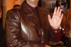Denuncian al actor Steven Seagal por acoso sexual