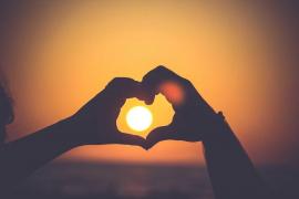 TAROT AMOR - El mejor tarot del amor bueno fiable y recomendado