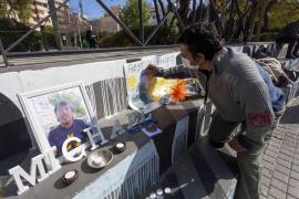 Las mejores imágenes de la despedia a Mike en el Parque de la Paz.