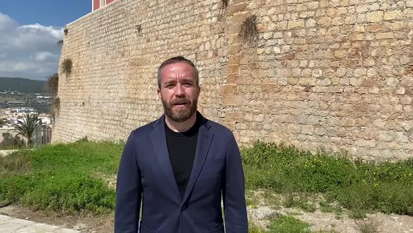El director general de Turespaña visita las obras de reinicio del futuro Parador de Ibiza
