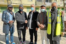 Africanos y gitanos sellan la paz en Son Gotleu
