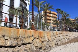 Costas autoriza la reparación de la zona dañada del Paseo Marítimo de Santa Eulària