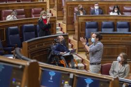 Iglesias entrega su acta de diputado