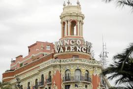El FROB vende Banco de Valencia a La Caixa por el precio simbólico de un euro