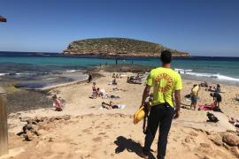 Sant Josep inicia el servicio de salvamento y socorrismo en cinco playas