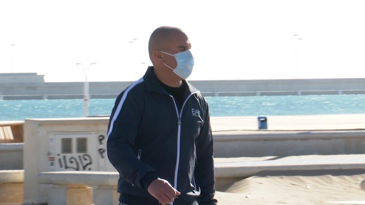La multa por no llevar mascarilla en la playa o piscina será de 100 euros