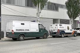 Dos años de prisión para una 'taxista pirata' cazada con drogas en el aeropuerto de Ibiza