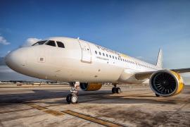 Vueling incrementa los vuelos semanales en Ibiza