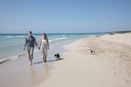 El uso de la mascarilla en playas y piscinas no será obligatorio en Baleares si hay distancia