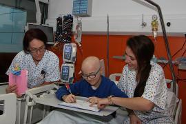 Salut crea una unidad para mejorar la supervivencia del 80 % en cáncer infantil
