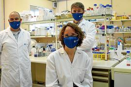 La UIB descubre el mecanismo de microorganismos para mantenerse en el mar y proliferar