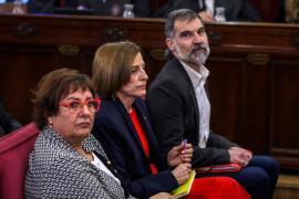 Dolors Bassa, Carme Forcadell y Jordi Cuixart