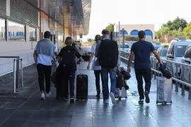 Detectados ocho positivos entre pasajeros nacionales y ninguno internacional